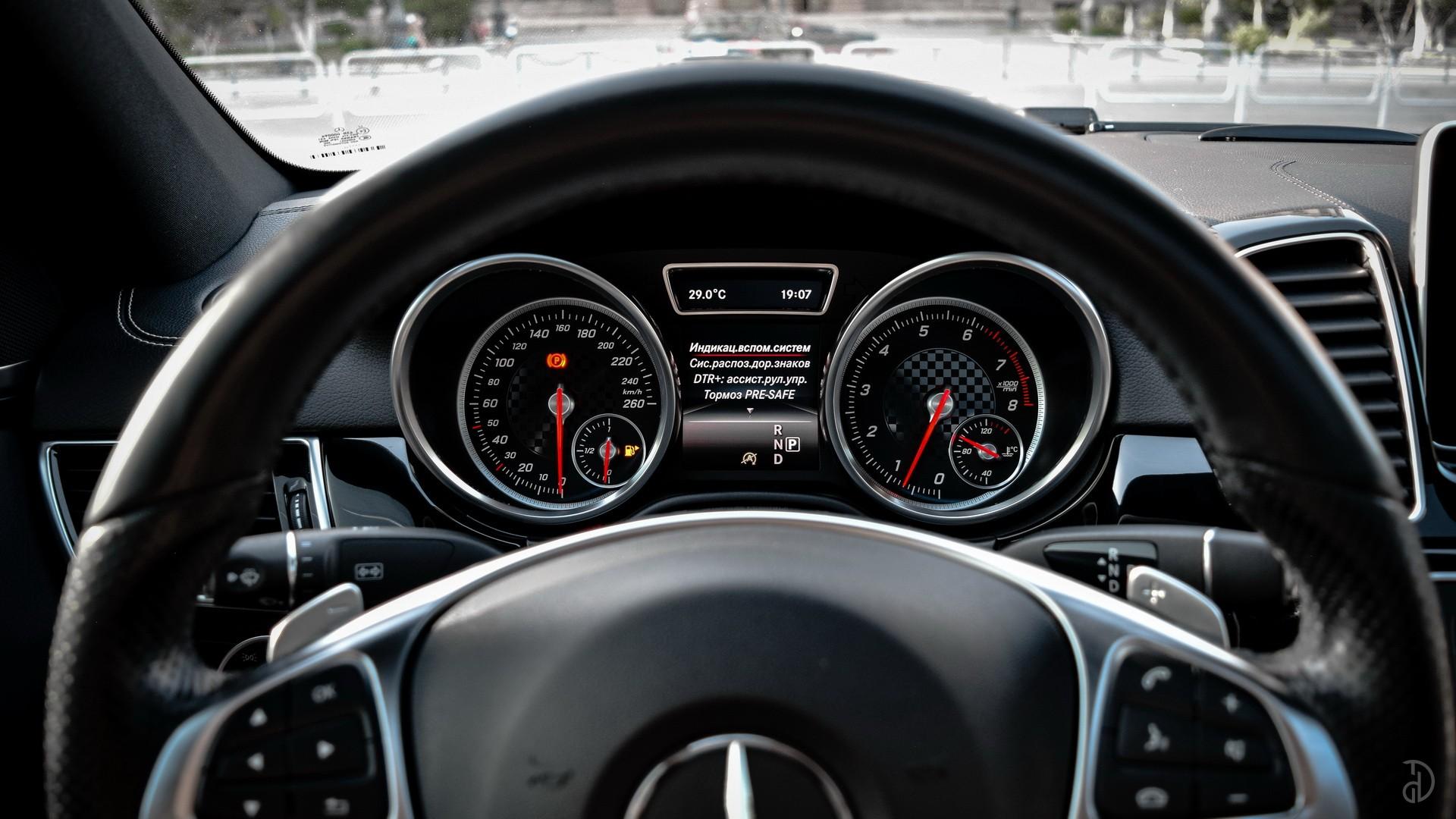 Аренда Mercedes GLE 43 AMG в Сочи. Фото 16