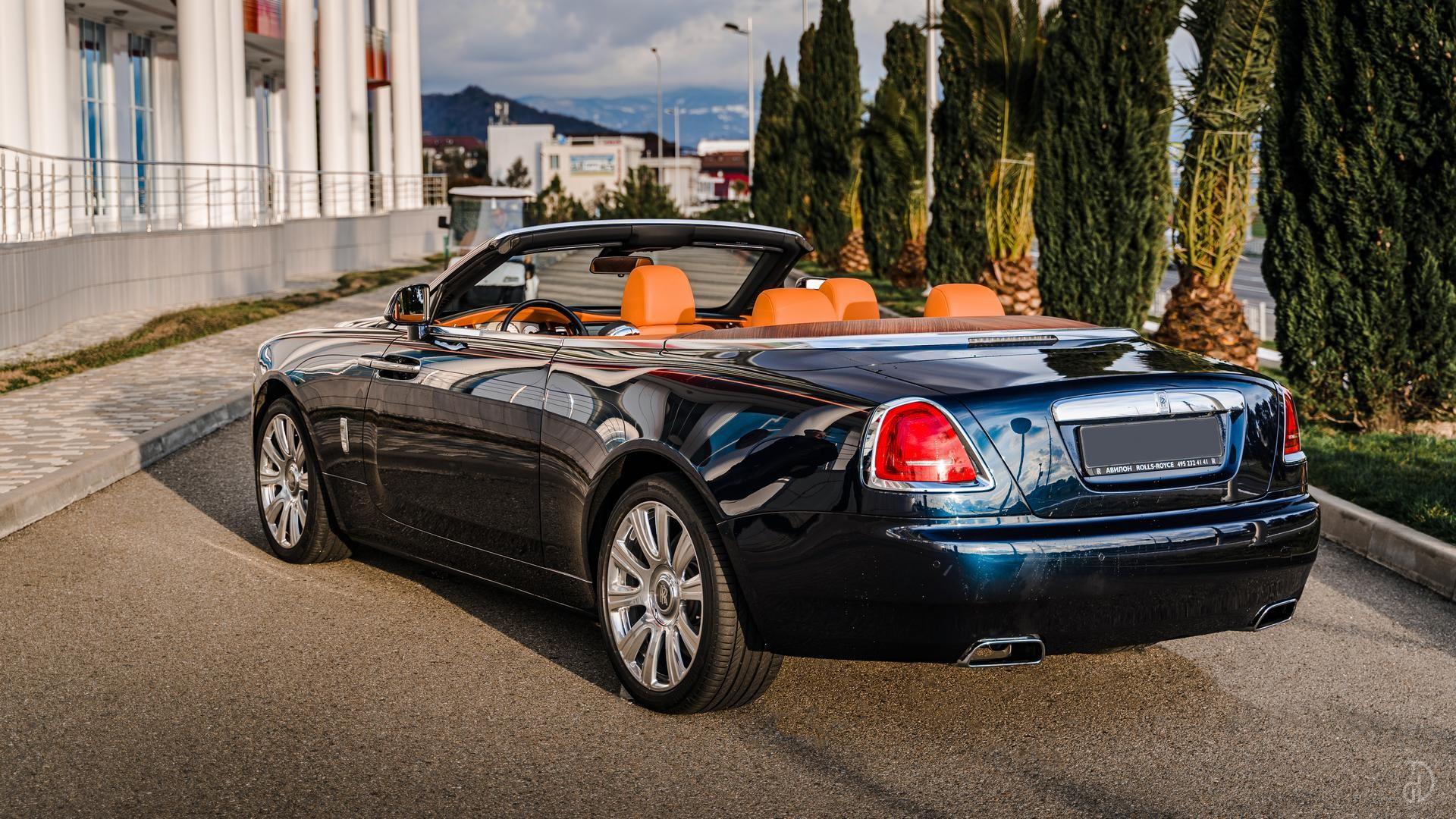 Аренда Rolls-Royce Dawn в Сочи. Фото 5