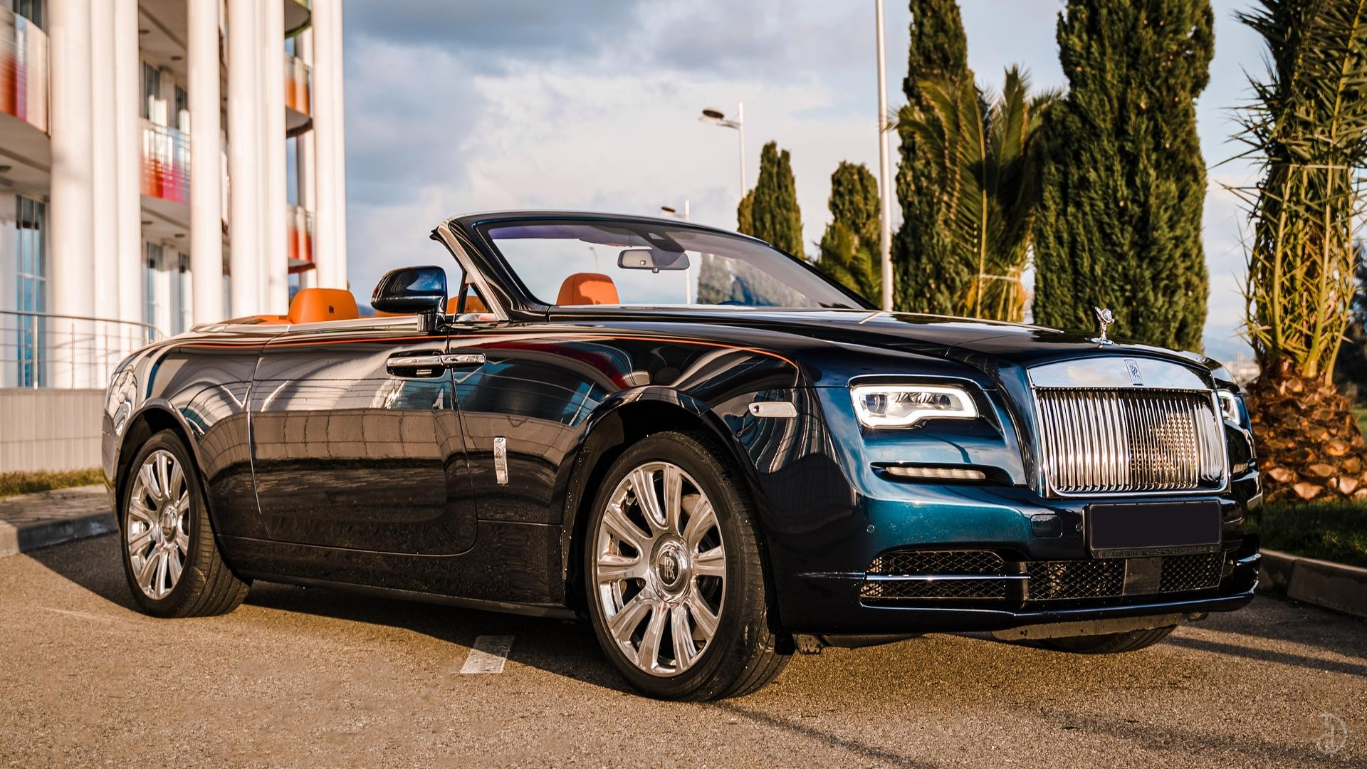 Аренда Rolls-Royce Dawn в Сочи. Фото 7