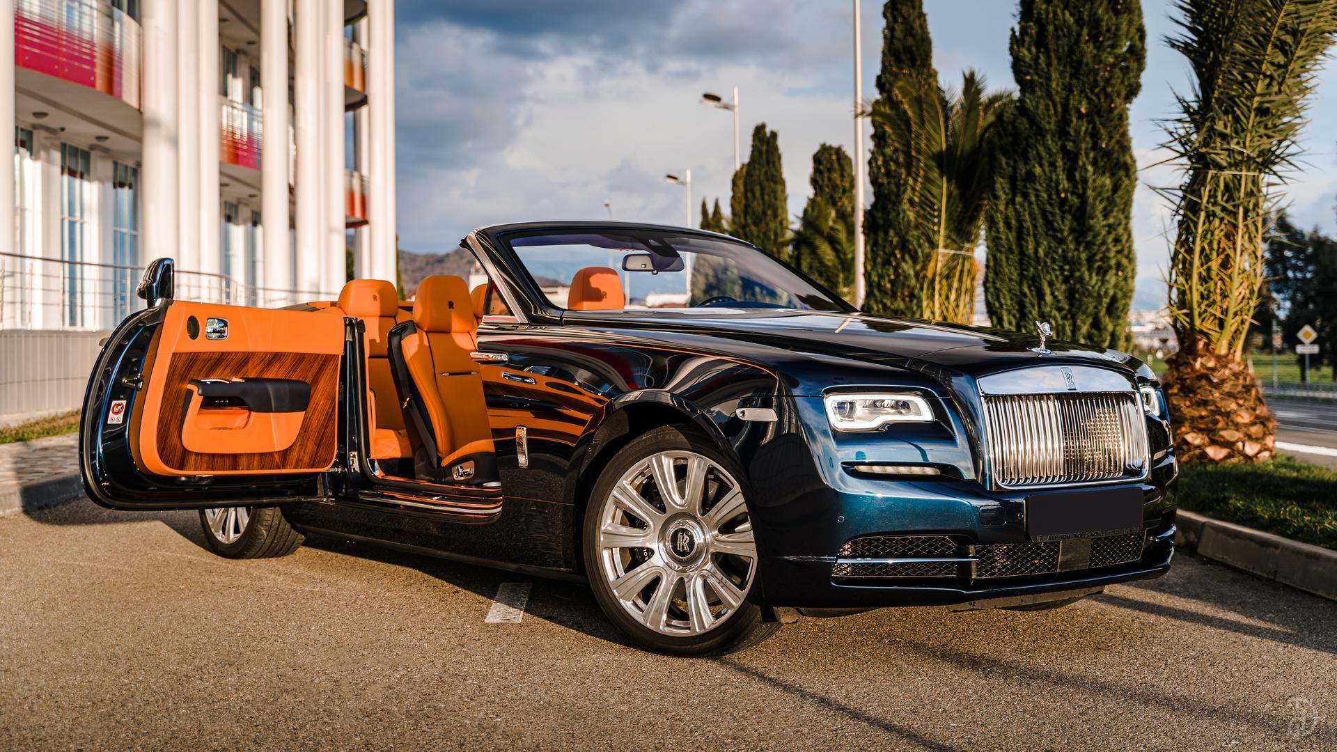 Аренда Rolls-Royce Dawn в Сочи. Фото 9