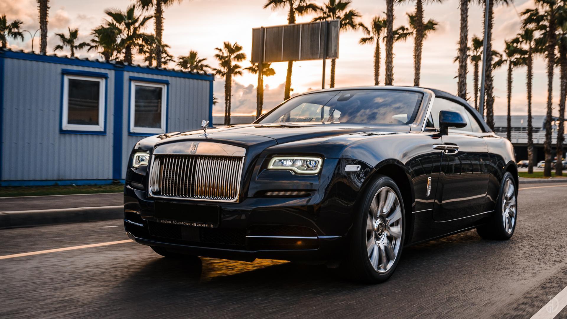 Аренда Rolls-Royce Dawn в Сочи. Фото 2