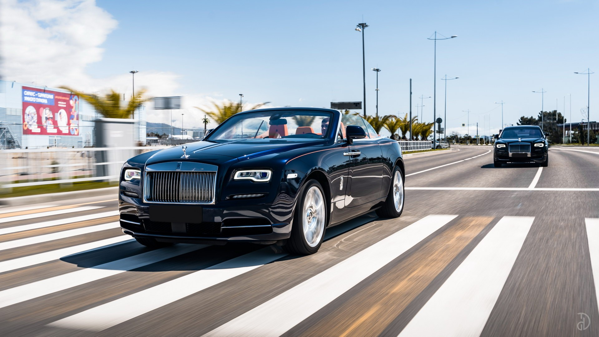 Аренда Rolls-Royce Dawn в Сочи. Фото 1