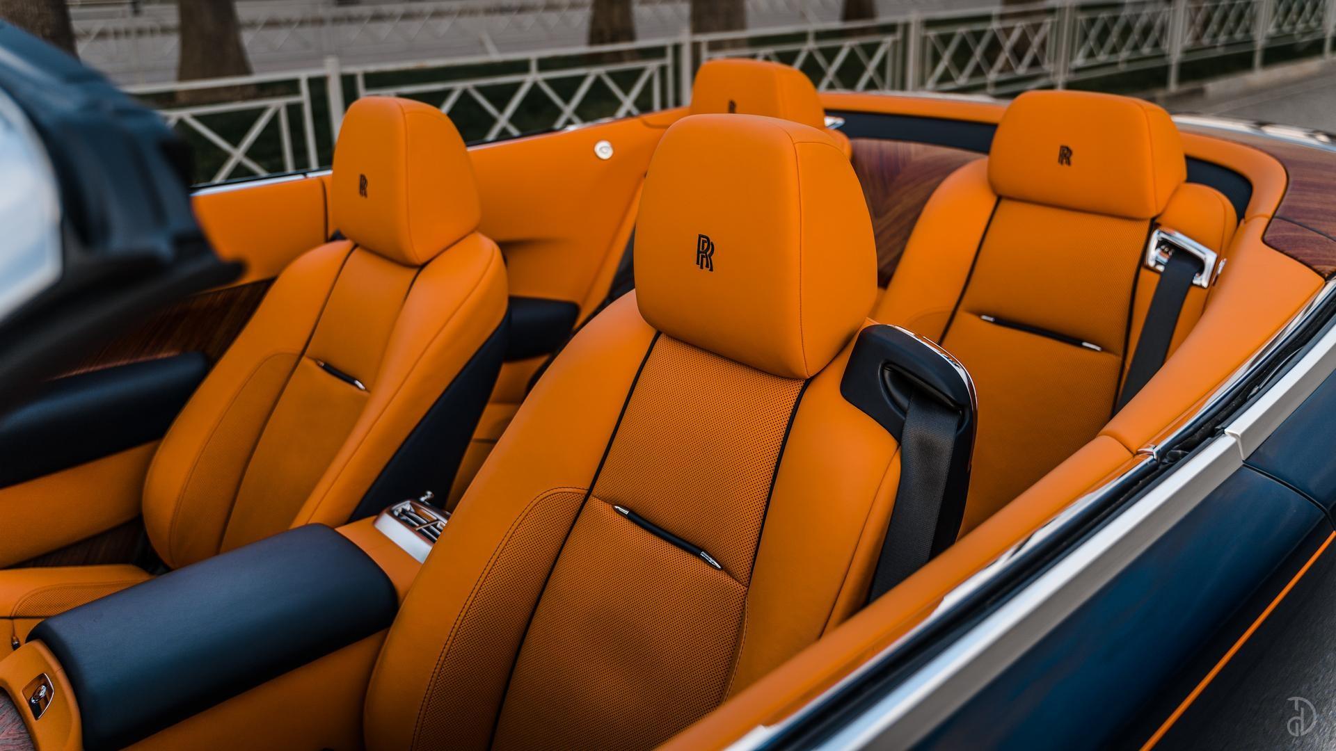 Аренда Rolls-Royce Dawn в Москве. Фото 17
