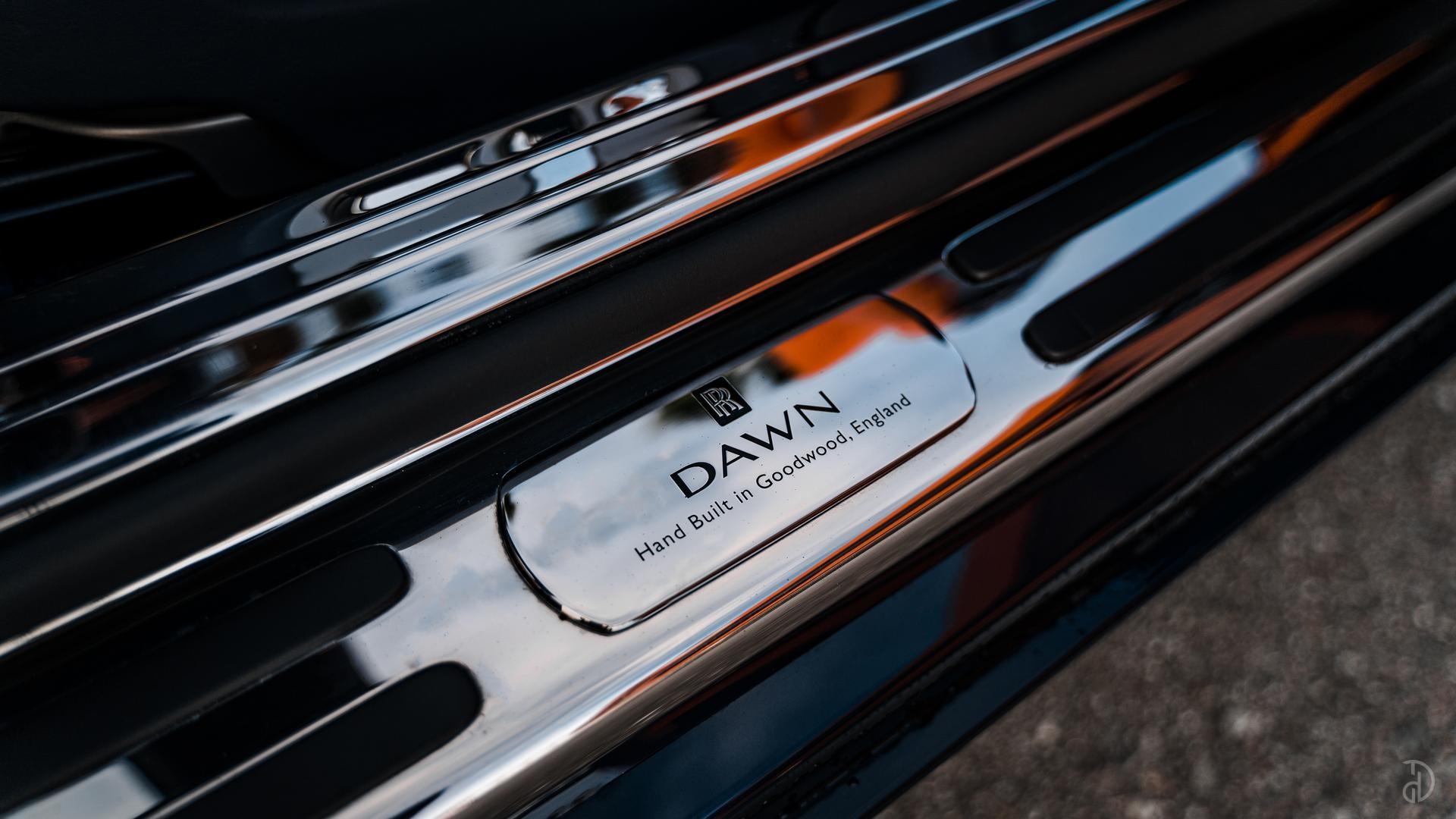 Аренда Rolls-Royce Dawn в Москве. Фото 18