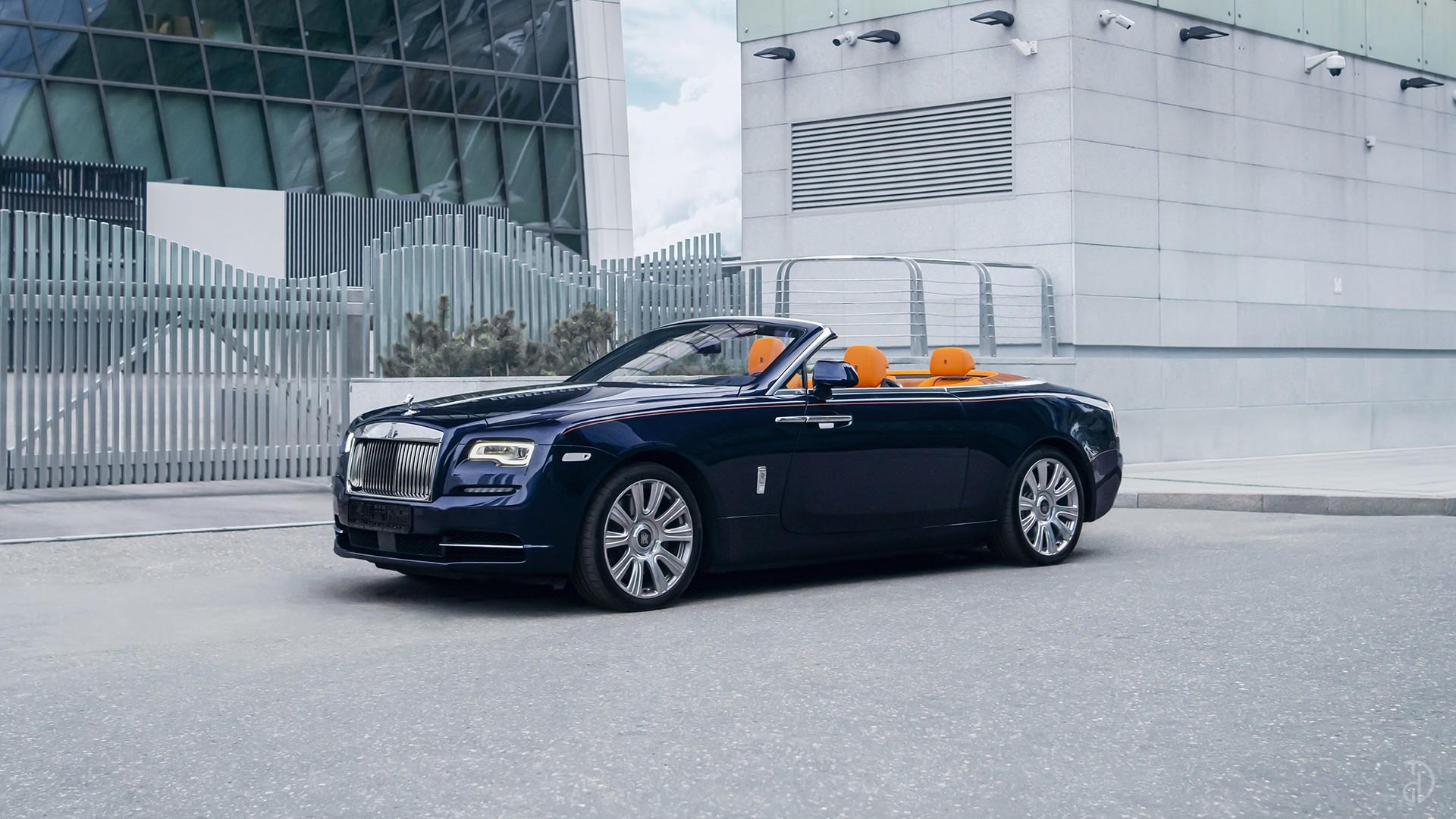 Аренда Rolls-Royce Dawn в Москве. Фото 2