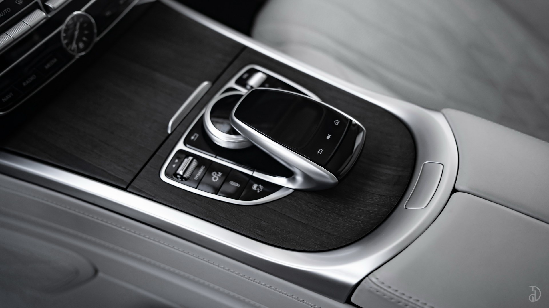 Аренда Гелендвагена Mercedes G 63 AMG 2021 (глянцевый) в Москве. Фото 26