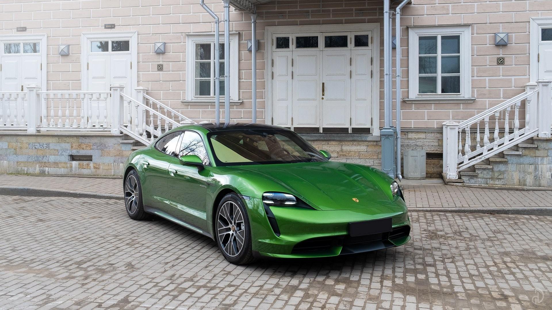 Аренда Porsche Taycan Turbo в Москве. Фото 4