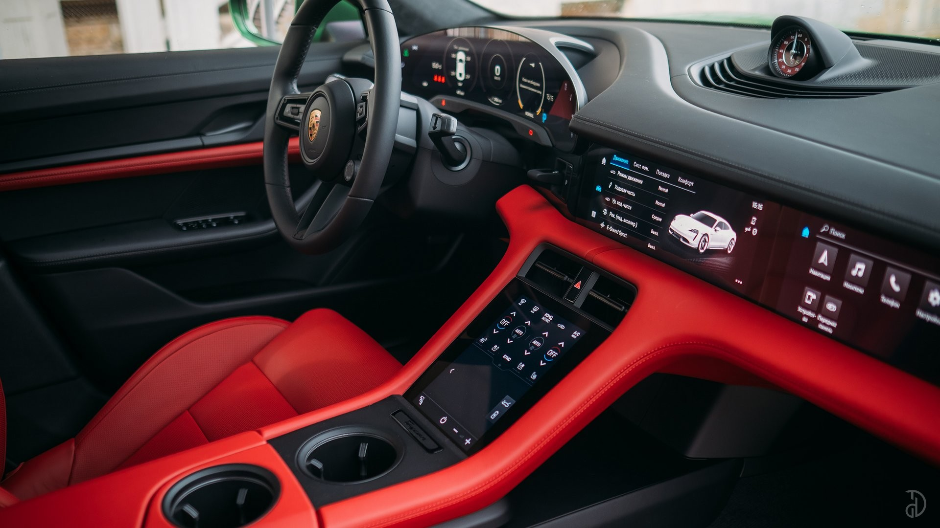 Аренда Porsche Taycan Turbo в Москве. Фото 9