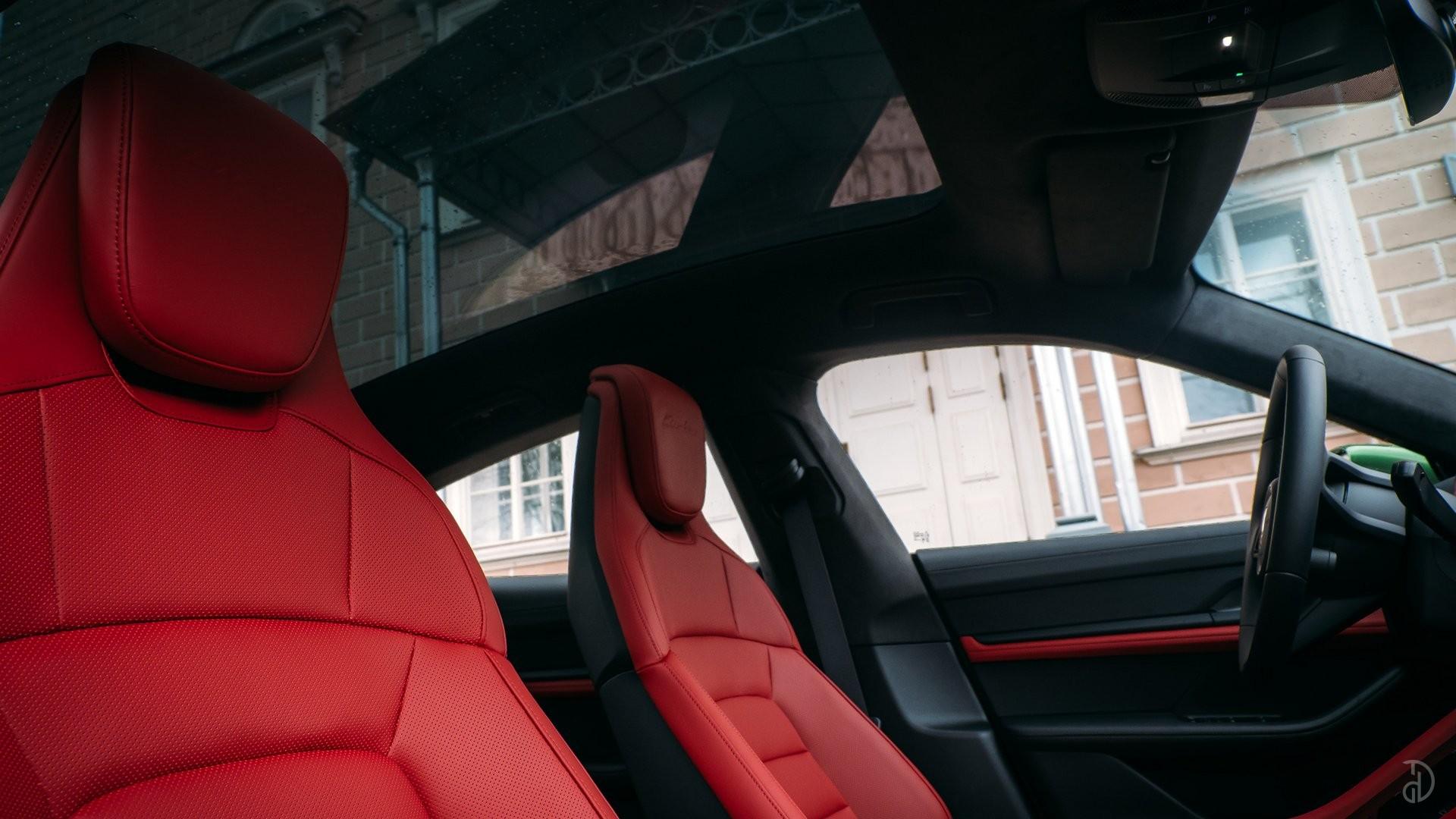 Аренда Porsche Taycan Turbo в Москве. Фото 14