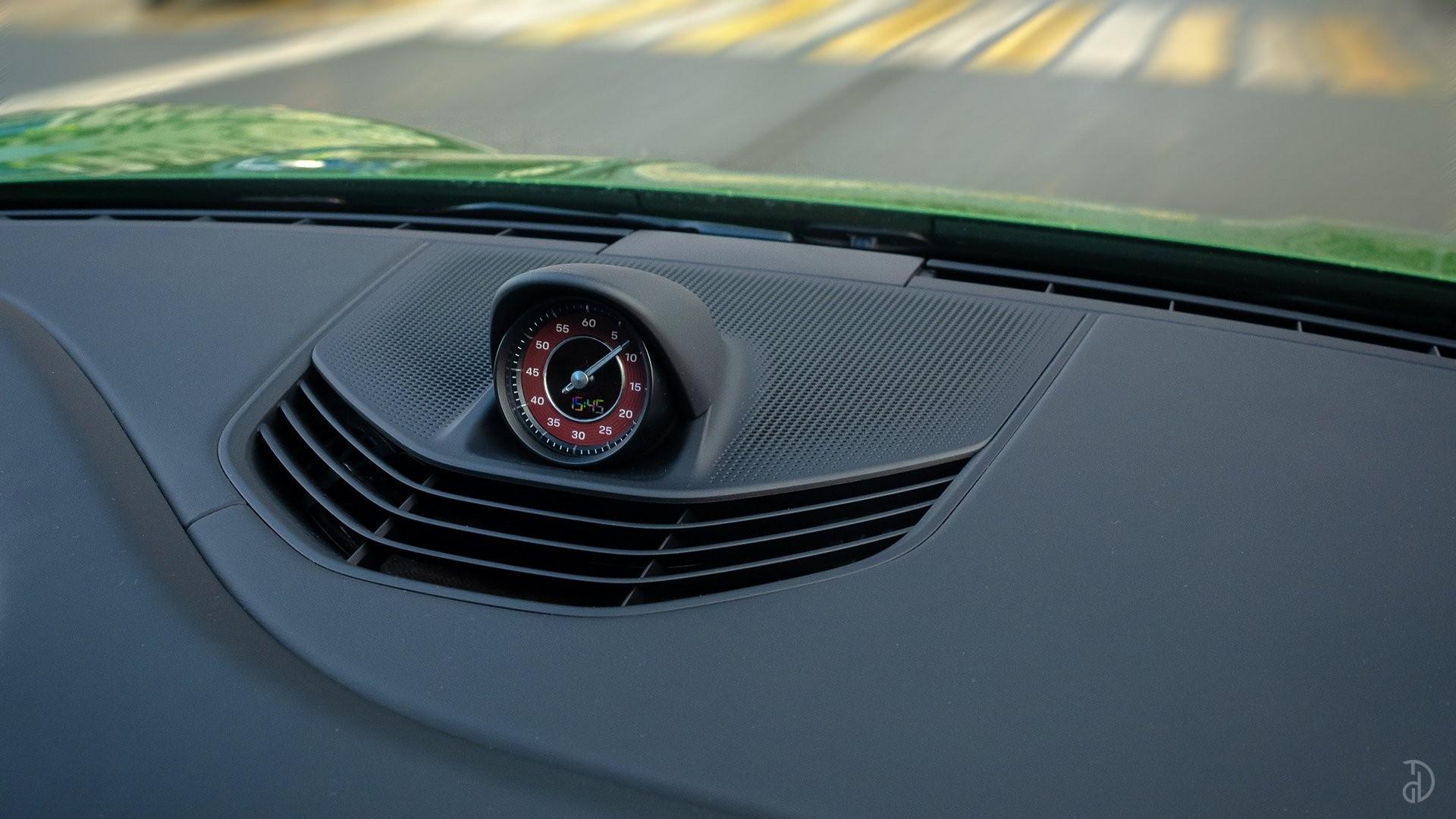 Аренда Porsche Taycan Turbo в Сочи. Фото 12