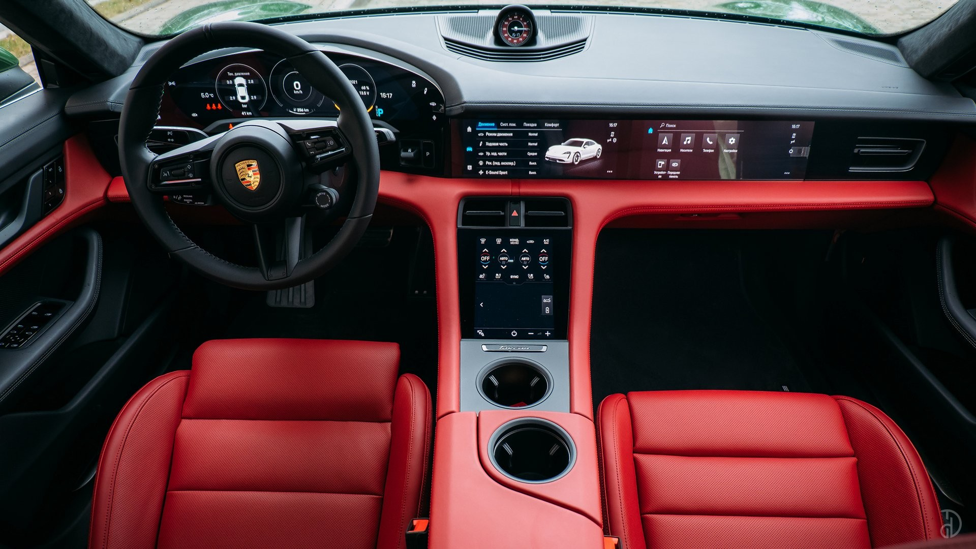 Аренда Porsche Taycan Turbo в Сочи. Фото 15