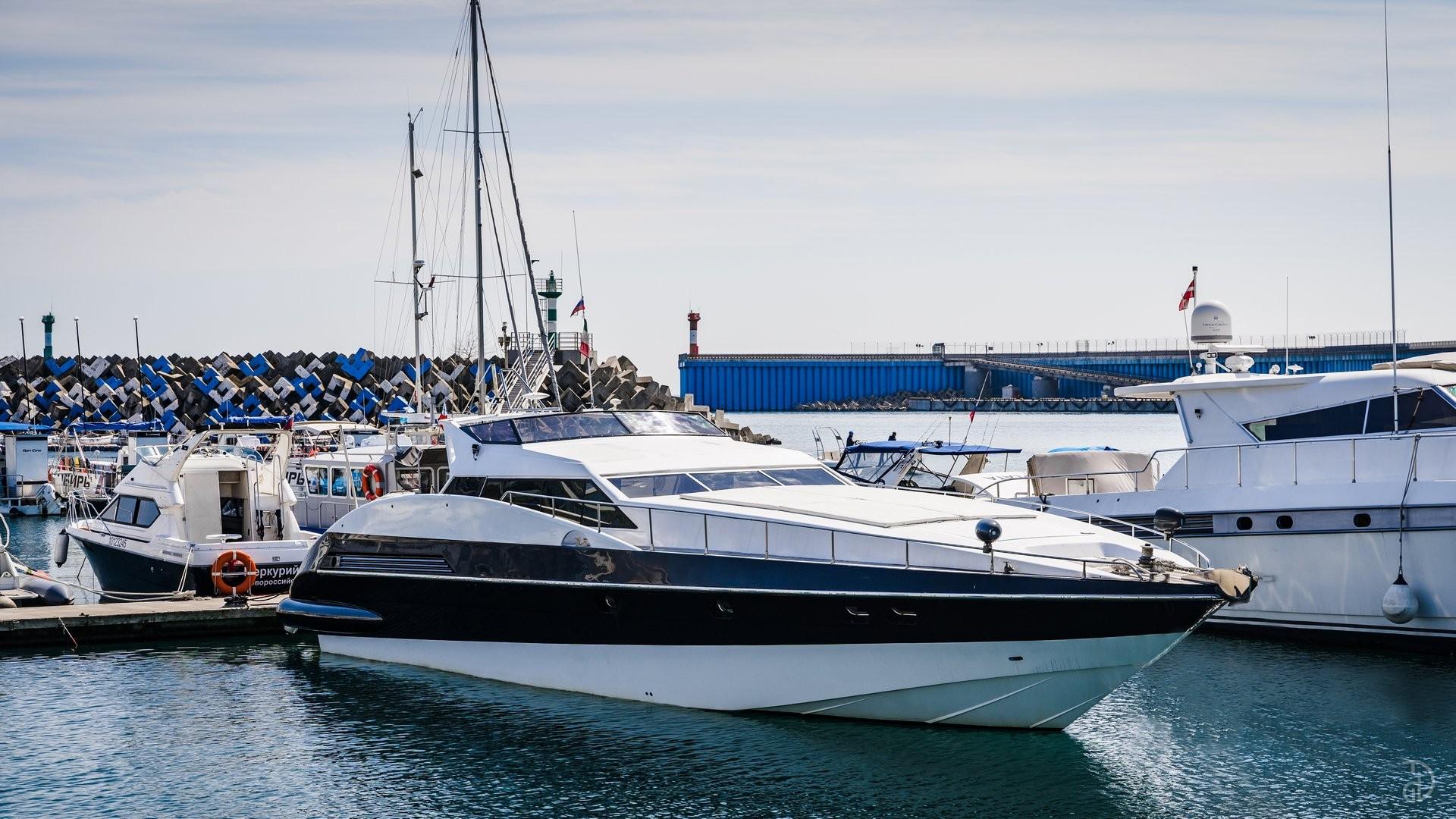 Аренда моторной яхты Sanlorenzo. Фото 1