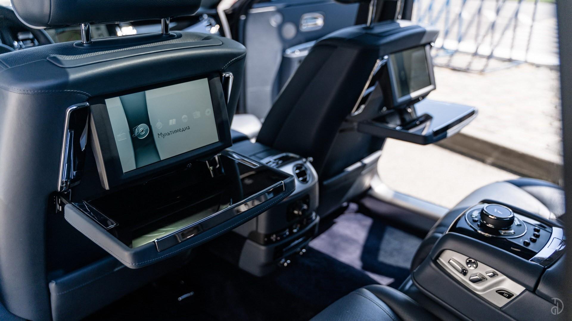 Аренда Rolls-Royce Ghost с водителем. Фото 11