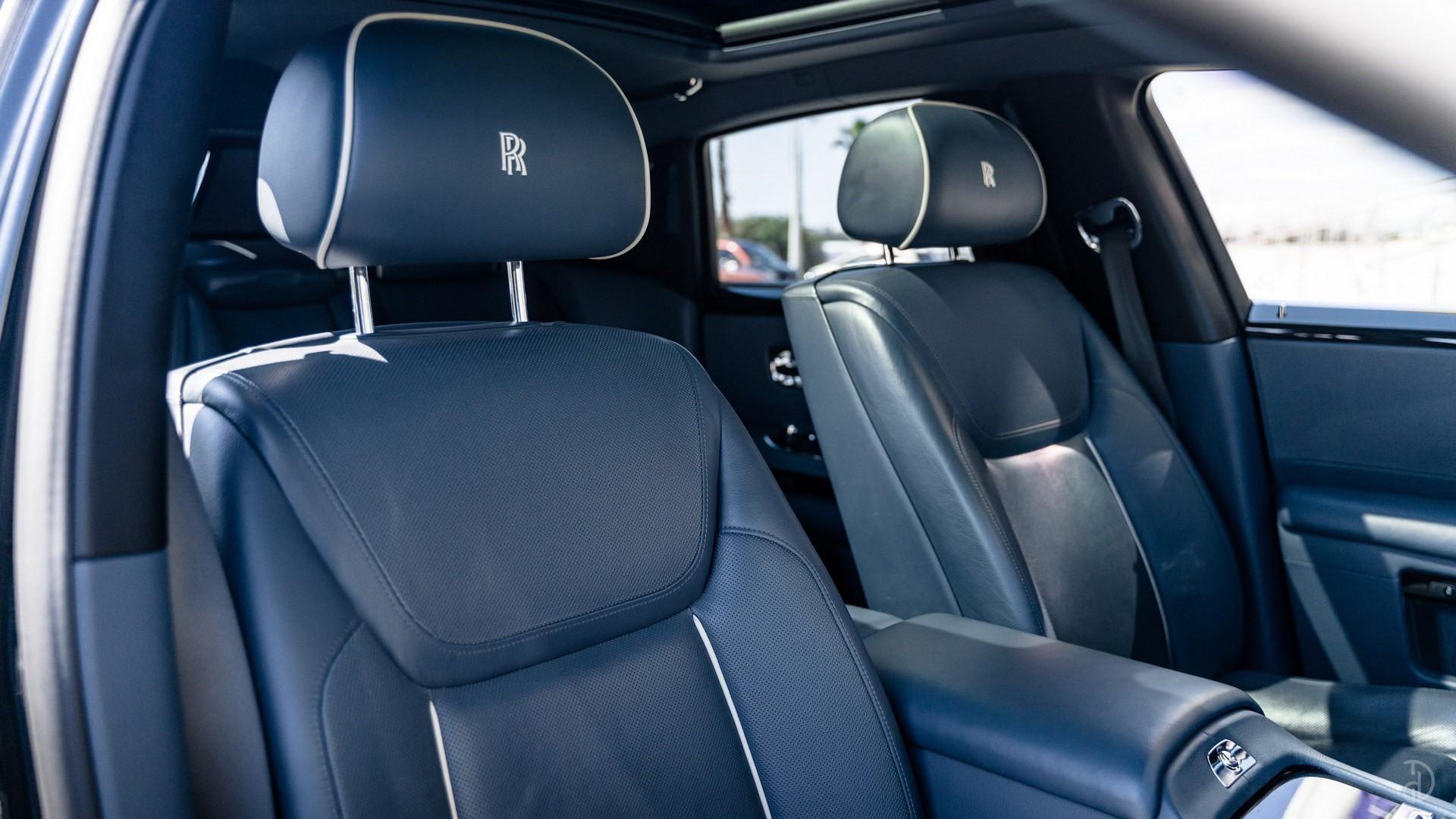Аренда Rolls-Royce Ghost с водителем. Фото 14