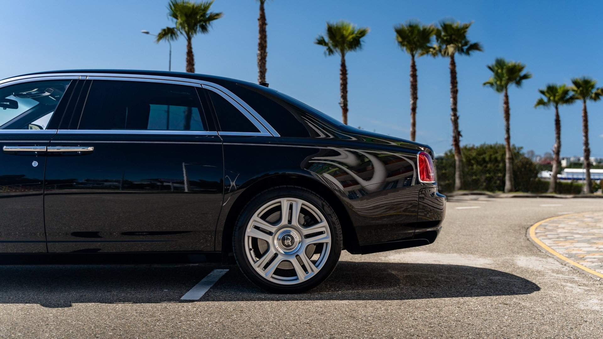 Аренда Rolls-Royce Ghost с водителем. Фото 6