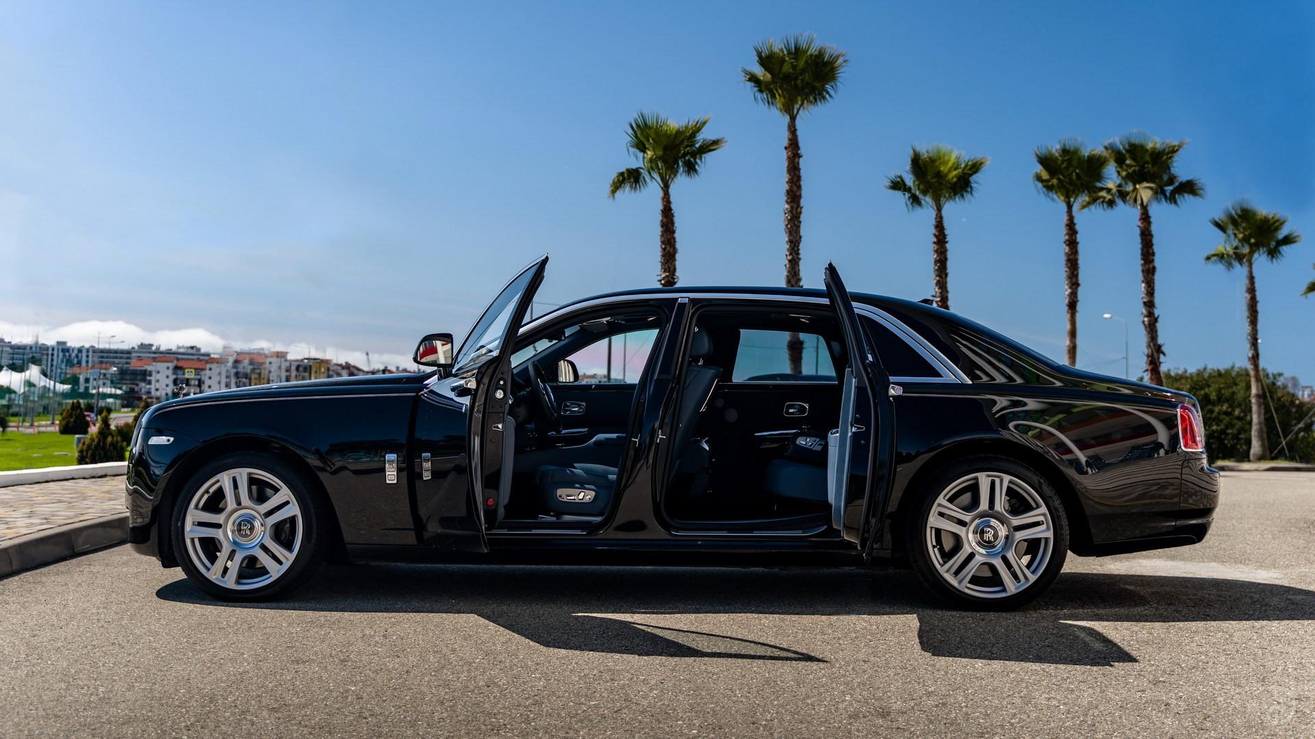 Аренда Rolls-Royce Ghost с водителем. Фото 3