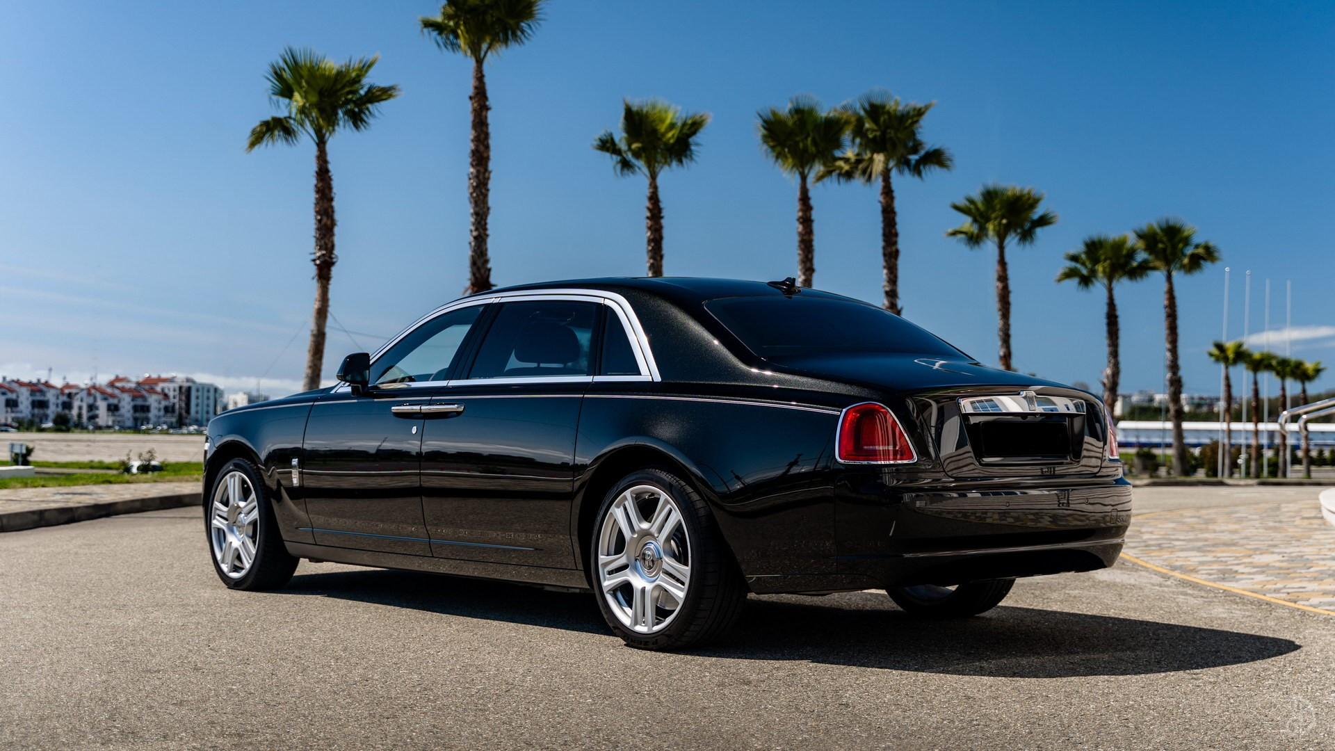 Аренда Rolls-Royce Ghost с водителем. Фото 4