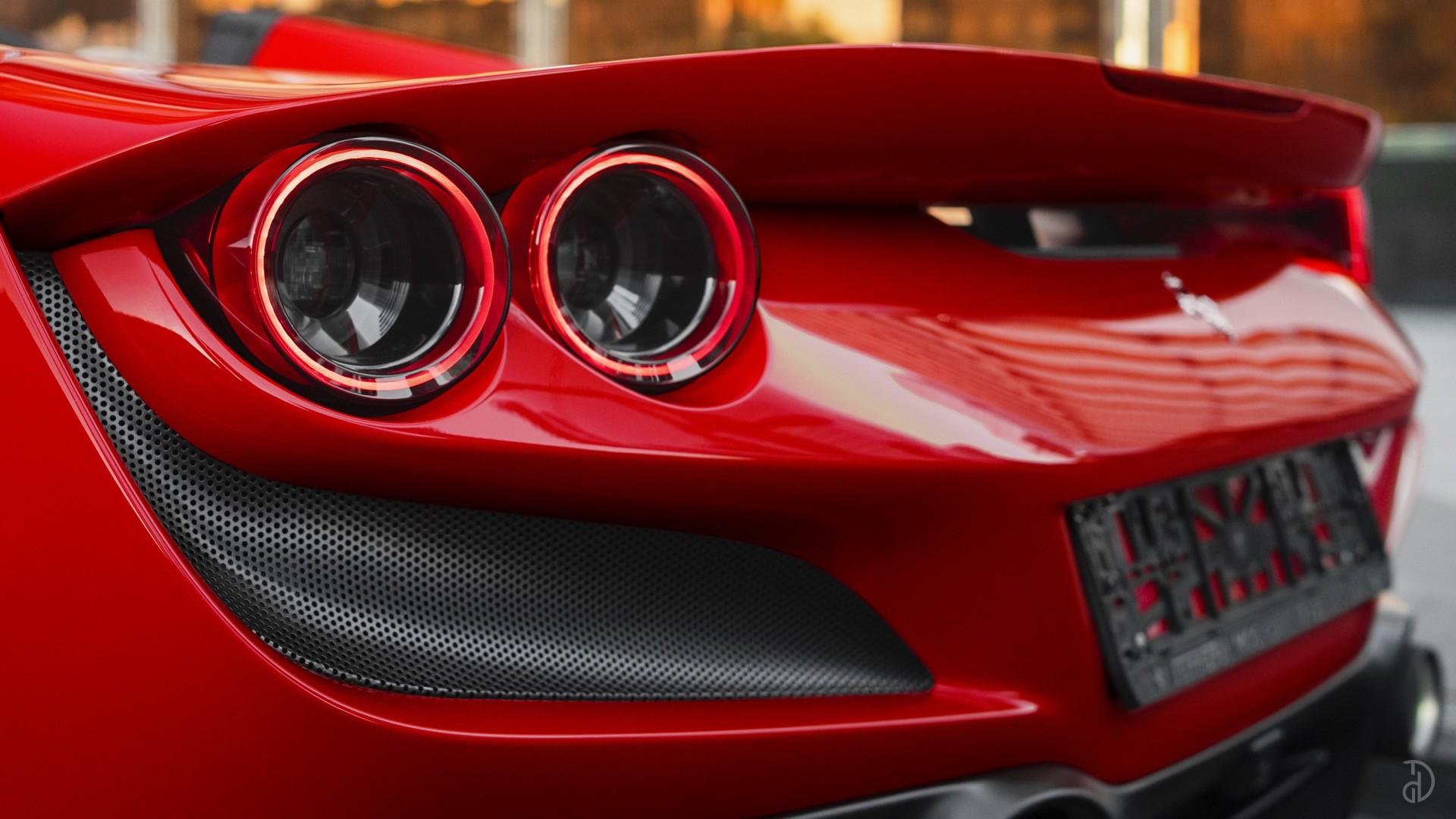 Аренда Ferrari F8 Spider в Москве. Фото 8