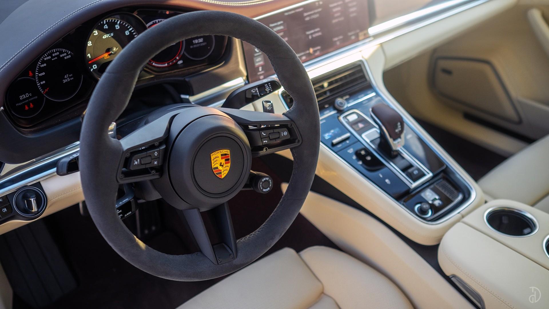 Аренда Porsche Panamera GTS в Москве. Фото 13