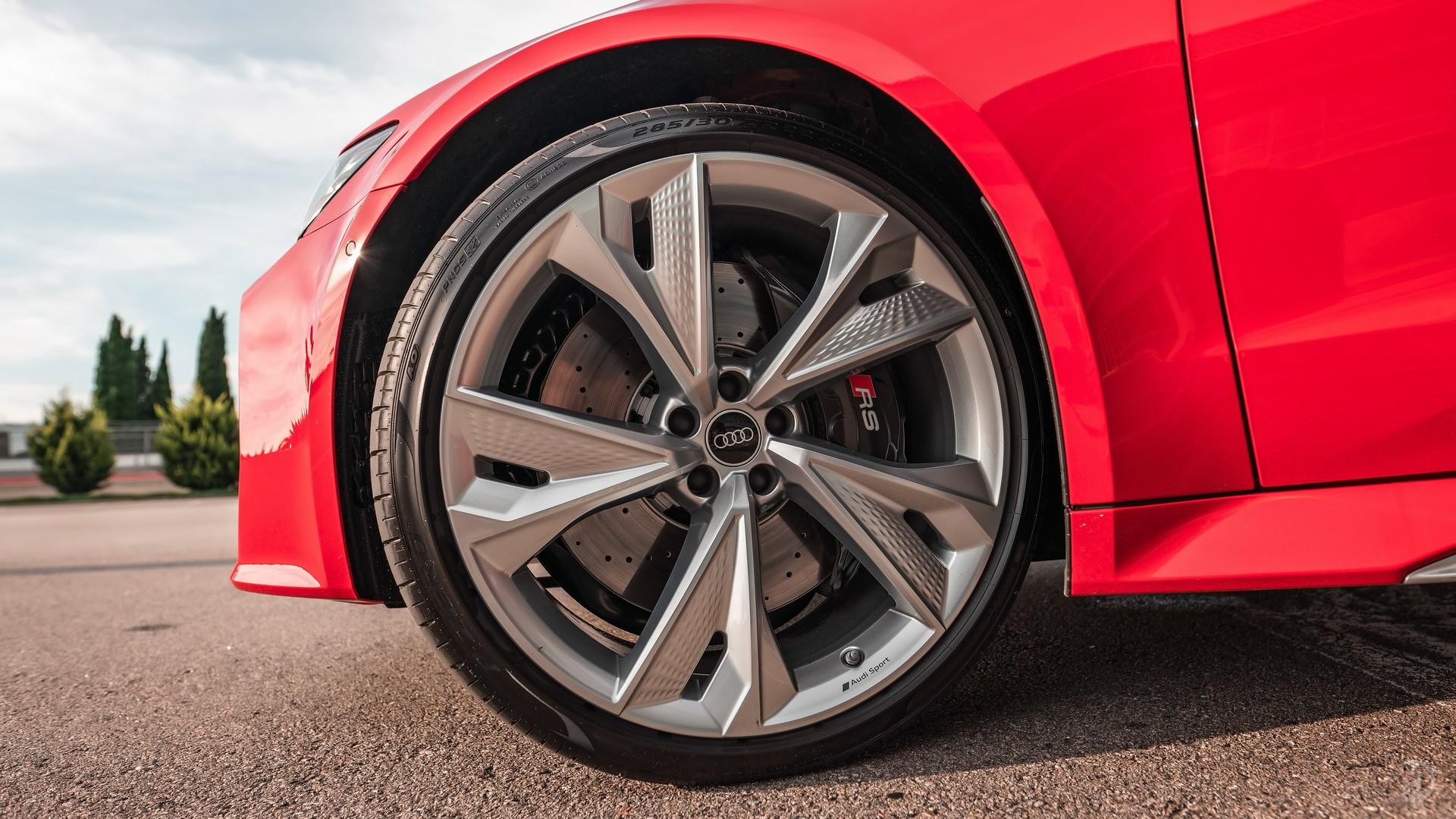 Аренда Audi RS 7 Sportback в Сочи. Фото 14